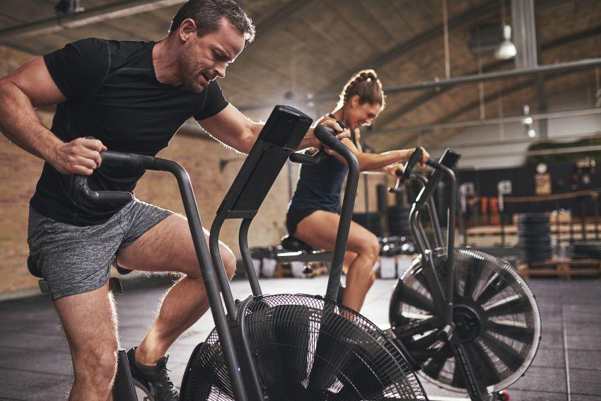 exercitii-pentru-slabit-–-cele-mai-eficiente-antrenamente-pentru-scaderea-in-greutate